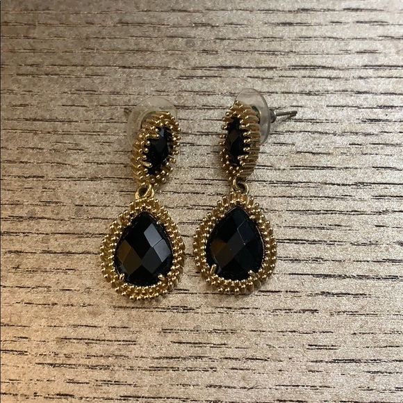 Kendra Scott Jewelry - Earrings